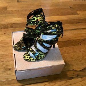 NWT Snake print stilettos